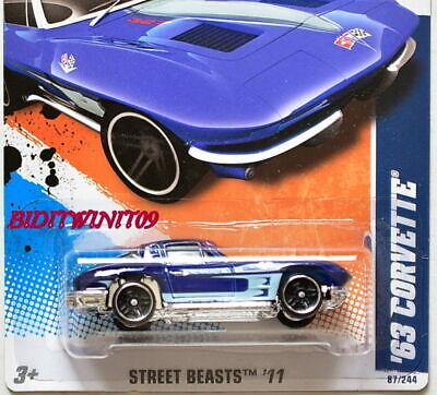 Hot Wheels 2011 Calle Beasts '63 Corvette Azul
