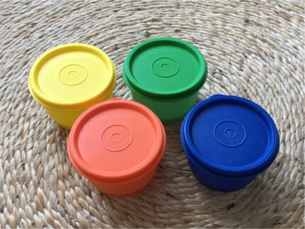 TUPPERWARE Snack Cups Set of 4