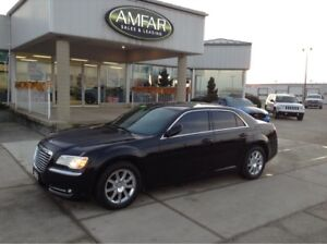 2013 Chrysler 300 LEATHER / HEATED SEATS