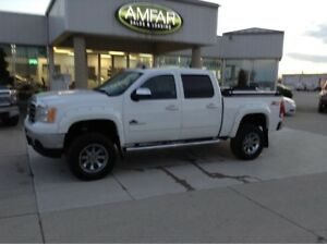 2013 GMC Sierra 1500 LIFTED / 4X4 / CREW / 6 MONTHS NO PAYMENTS