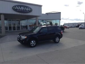 2012 Ford Escape 4x4 / V6 / NO PAYMENTS FOR 6 MONTHS !!