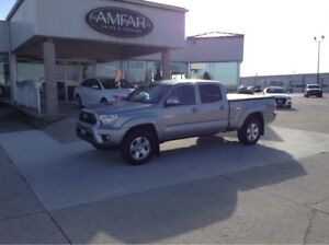 2014 Toyota Tacoma 4x4 / CREW CAB / NO PAYMENTS FOR 6  MONTHS !!