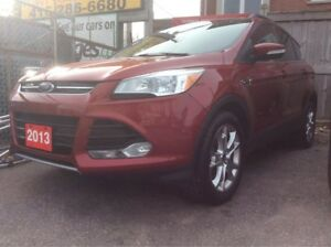 2013 Ford Escape 2.0L/Navigation/Heated Leather/Panorama Roof