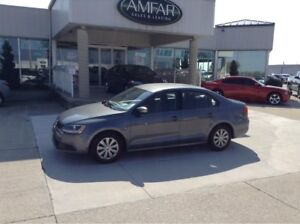 2014 Volkswagen Jetta GREAT GAS MILEAGE / NO PAYMENTS FOR 6 MONT