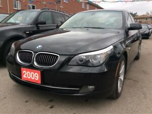 2009 BMW 5 Series 528i/Bluetooth/Leather/Sunroof/EXTRA CLEAN!!!