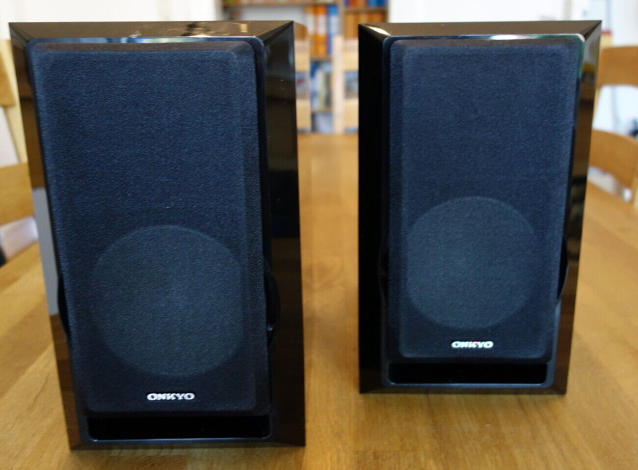 Onkyo D-525 Regallautsprecher/Boxen, schwarz, hochglanz, toller Klang