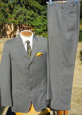 Vintage 1950s ULTRA-LIGHT Dacron 3 Button Suit 39R 30x32 - XLNT CONDITION!