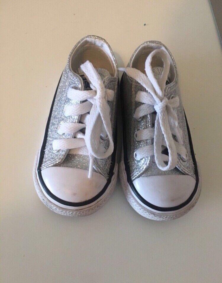 Toddler converse size 5