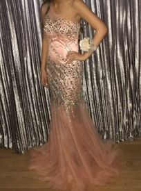 Prom Dress for Sale. Size 8.