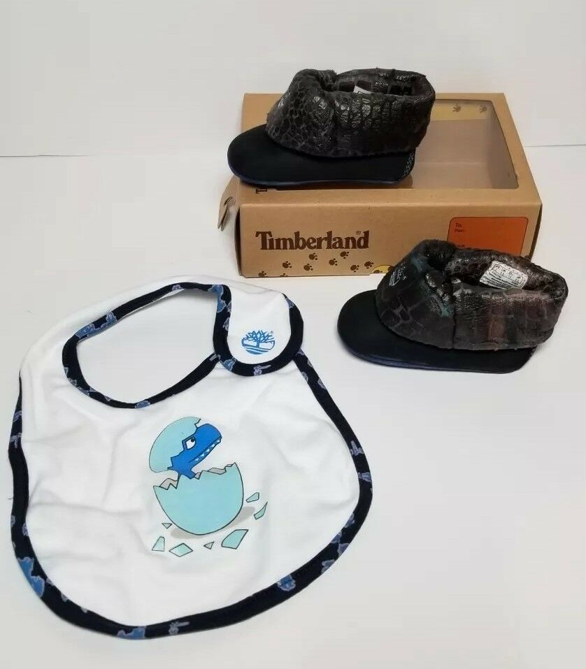 TIMBERLAND INFANT BOOTIES / BIB  SET SIZE 2 (6-9 MONTHS) NEW IN BOX 43802