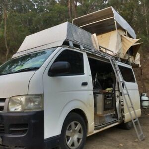 Toyota Hiace camper full off grid