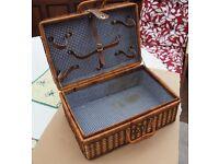 Traditional wicker picnic hamper - no contents - good condition