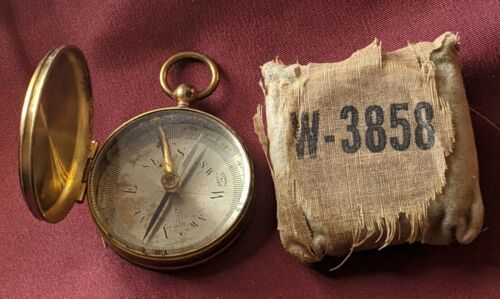Vintage WWI/II Brass Hunting Maritime Pocket Compass Cloth Case Made in France