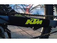 Fahrrad Bike Schutzausrüstung Kettenstrebenschutz KTM Orange Chain Protection