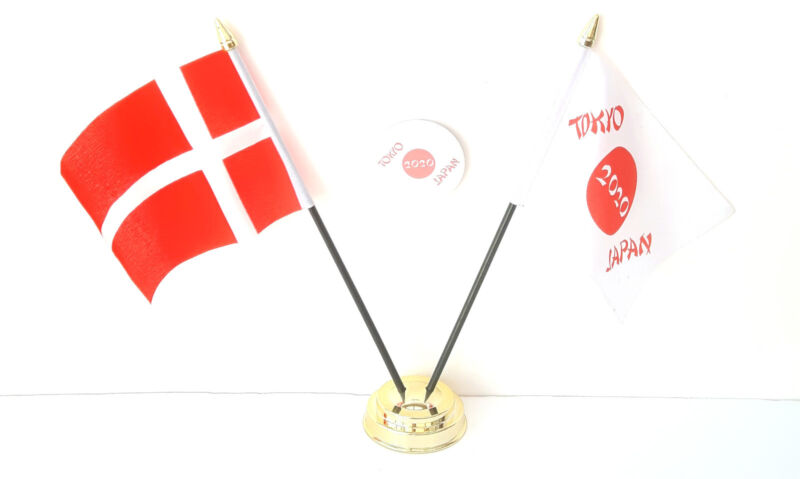Denmark & Tokyo Japan Olympics 2020 Desk Flags & 59mm BadgeSet