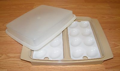 Vintage Tupperware (723-3) Deviled Egg Keeper Storage Tray With Lid **READ**