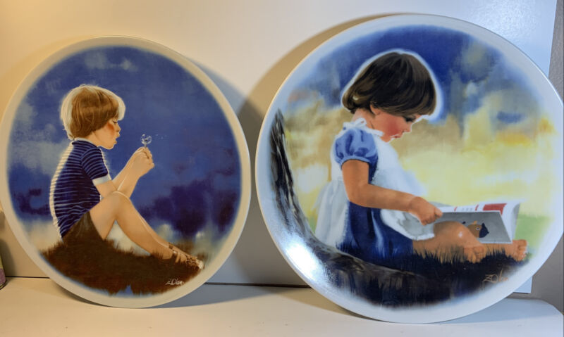 """Donald Zolan's Children Collection Plate """"Erik And The Dandelion""""And """"By Myself"""""""