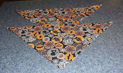 Two Brand New Halloween Spiders Bats Design Dog Bandanas For Dog Rescue Charity - Dog Spider Costumes For Halloween