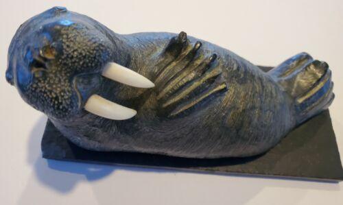 Walrus sculpture - The Wolf Sculptures