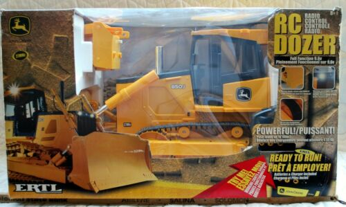 "RARE! ERTL Radio Control John Deere ""850J BULLDOZER"" 27MHz; New in box"