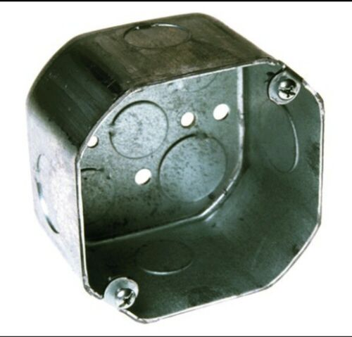 """Octagon Box 4 Inch By 1-1/2 Inch Deep With 1/2"""" And 3/4"""" Knockouts"""