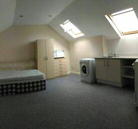 £850pm Studio flat all-inclusive 3 min walk to Turkey street station in Enfield (post code EN3 6PW)
