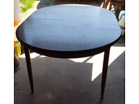 G-Plan Dining Room Table 4/6 seater plus 4 chairs