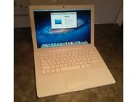 MacBook A1181 - Mint Condition - Core2Duo 2.4Ghz, 3Gb RAM, 250Gb Hdd