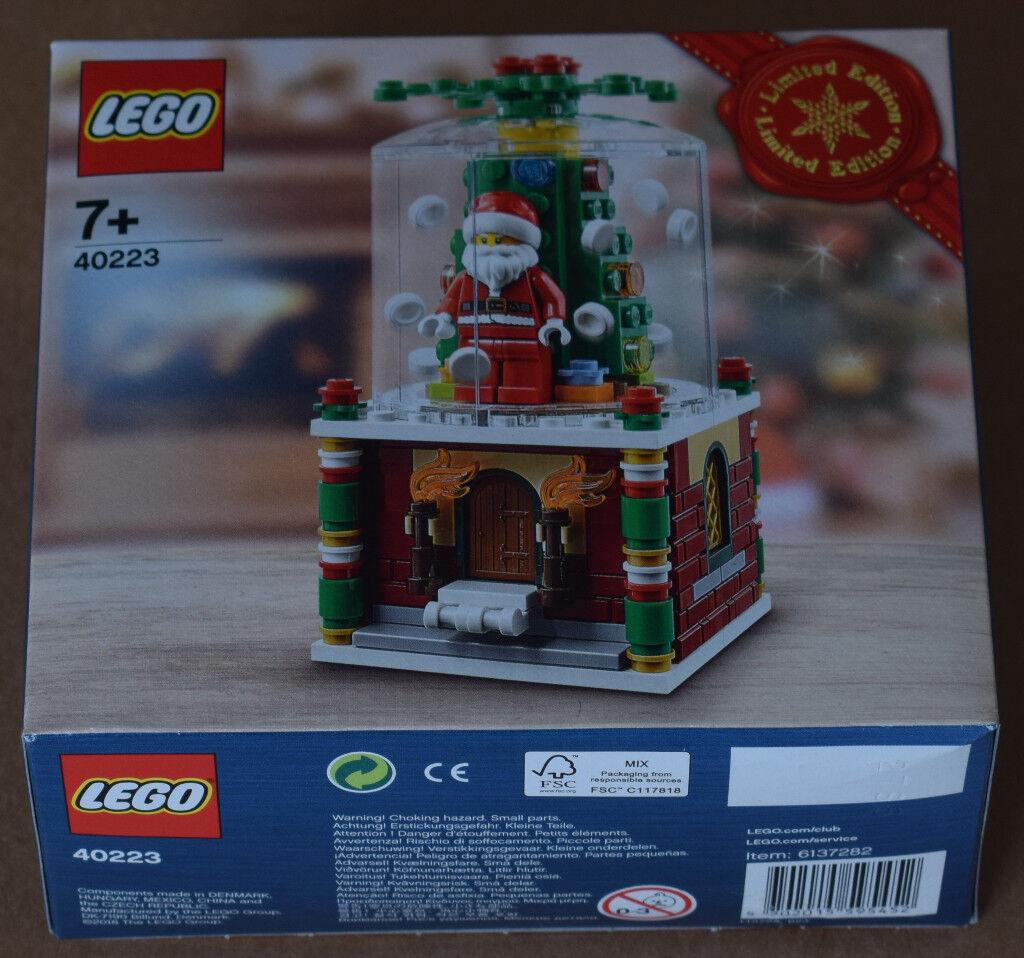 LEGO 40223 - Christmas Santa snowglobe - COLLECTABLE - GIFT IDEA!