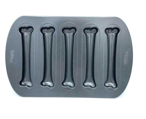 Wilton Skeleton Bone Shape Baking Pan Cake Brownie Mold Nonstick Halloween