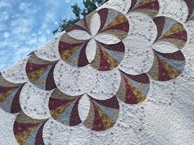 FINE VINTAGE GRANDMOTHERS FANCY FANS KING ITALY VERMICELLI PRAIRIE CLOVER QUILT