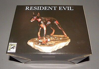 Resident Evil Zombie Dog T-Virus Infected Doberman SDCC Exclusive Statue Capcom