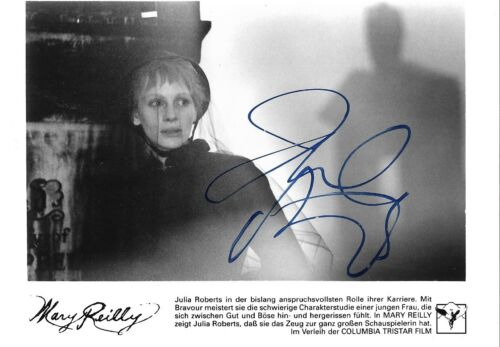 "Julia Roberts ""Mary Reilly"" Autogramm signed 13x18 cm Bild s/w"