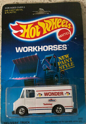 Hot Wheels 1989 Workhorses #2808 Delivery Truck  White WONDER Hostess Twinkies