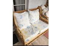SOFA AND 2 CHAIRS CONSERVATORY SUITE ** FREE DELIVERY IS AVAILABLE **