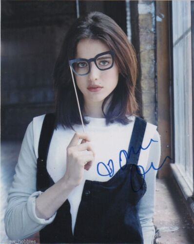 Margaret Qualley Sexy Autographed Signed 8x10 Photo COA D66