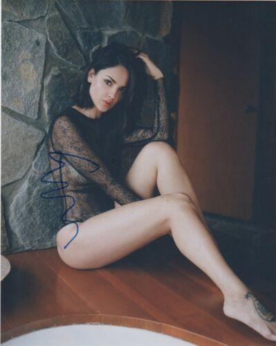 Eiza Gonzalez Baby Driver Autographed Signed 8x10 Photo COA #2