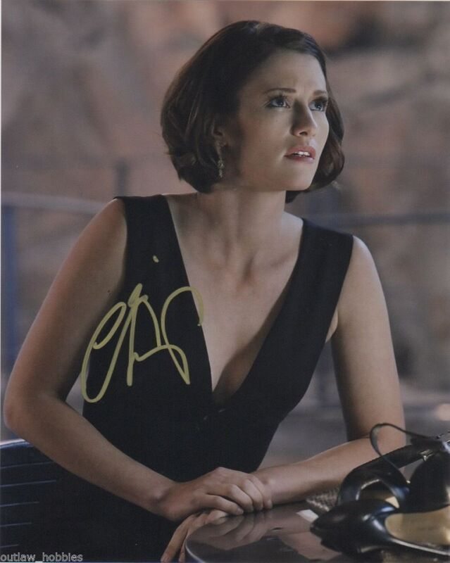 Chyler Leigh Supergirl Autographed Signed 8x10 Photo COA #4