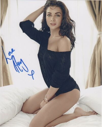 Amy Jackson Supergirl Autographed Signed 8x10 Photo COA #A27
