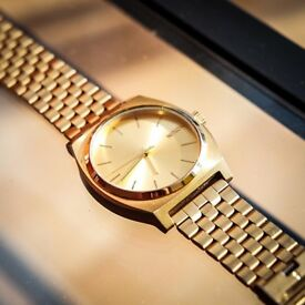 Nixon Time Teller in Gold