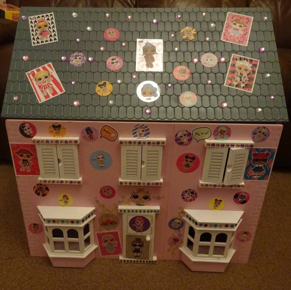Lovely Wooden Doll House Lol Surprise Hand Decorated Loads