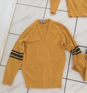 Rivermount College school jumper size 12