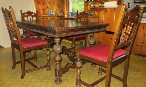 Berkey & Gay Antique Dining Table and 4 Chairs