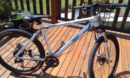 ( Electric Bike )Reef Invisitron M1 Aberdeen Devonport Area Preview