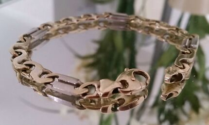 Men's  9ct white gold + gold bracelet  Quinns Rocks Wanneroo Area Preview