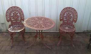 table & chairs - outdoor Williamtown Port Stephens Area Preview