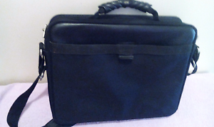 Laptop bag $10 DSE brand perfect condition Findon Charles Sturt Area Preview