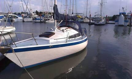 Yacht 8 meter Tasman 26