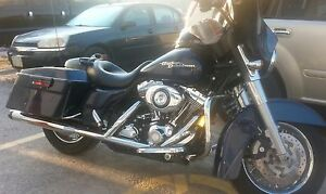 Street Glide with complete warranty to 11/17