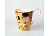 Gift / Valentines / Bone China Gustav Klimt Vanessa Mug The Kiss 400ml